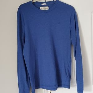 Abercrombie & Fitch men's blue long sleeve tshirt